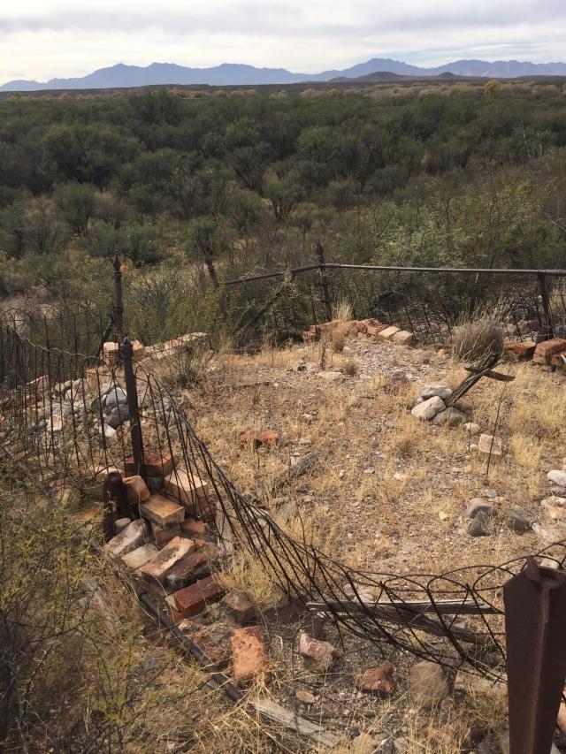 Fairbank's graveyard (c) ABR 2016